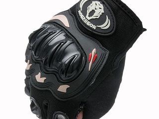 Новые перчатки - 250 лей. Размер: L для ладони шириной около 8.5-9.5 см Удобный, дышащий, привлекате