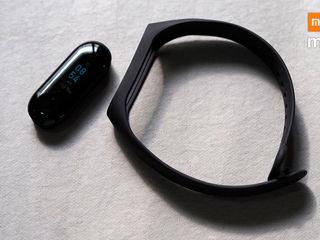 Brăţara Xiaomi Mi Band 3 – brăţara care merge în pas cu tine!