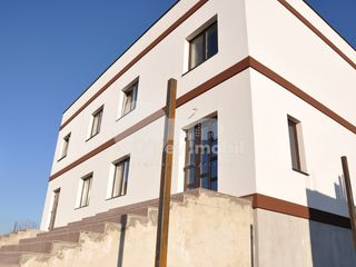 Duplex spre vânzare, 87 mp, Cricova, 50000 €
