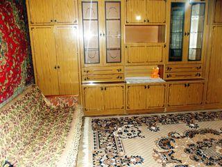 Casa cu o odaie, bucatarie, baie, intrare separata, fara stapini - 900 lei