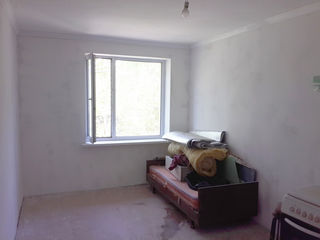 Urgent! Apartament cu 2 odai in centrul orașului Calarasi. Pretul discutabil!