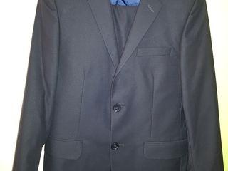 Продам костюм для школы