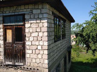 Se vinde casa cu 2 nivele ne finisata, amplasata in orasul Anenii Noi,35 km de la Chisinau