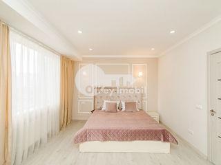 Chirie 1 cameră+living, bloc nou, reparație euro, mobilat, Centru 400 €
