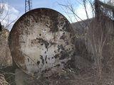 Цистерна бочка cisterna 25 кубов (по факту 27)тонн с опорами