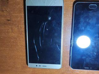 Два телефона на запчасти на первом брак экран на втором отсутствует батарея и разбит экран