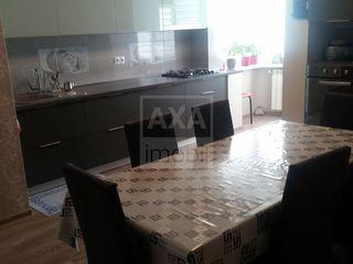Vânzare apartament cu 2 camere, 80 mp, Botanica