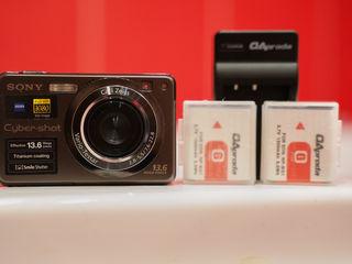 Sony Cybershot DSCW300 13.6MP Digital Camera