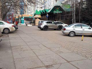 Vînzare spațiu/ afacere activă, cafenea, str. dacia 450 mp + terasă!
