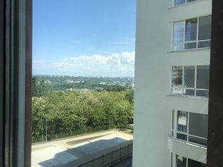 Vanzare! Apartament 1camera ,sec.Buiucani , complexul loc. GreenPark Residence ,Nicolae Costin!