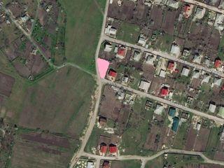 Teren pentru constructie Ciorescu / Cricova. Urgent