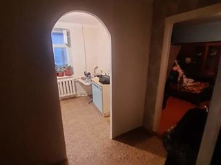Продам  срочно  2 комнаты в общежитии Недорого. Бендеры
