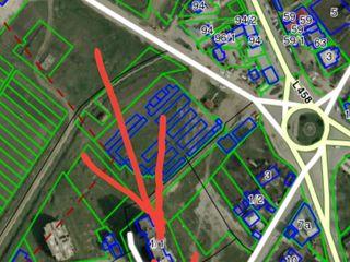 1500 м2 центр в Яловенах