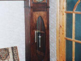 Старинные напольные немецкие часы с боем Густав Беккер