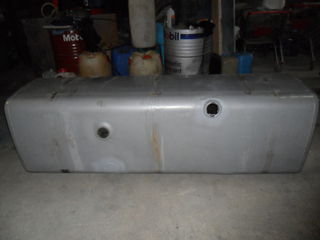 Бак алюминиевый от DAF на 800 литров