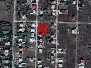 Продам участок земли в п.Сынжера, 7 соток,  ул. Ренаштерий,  23, напротив водохранилища.
