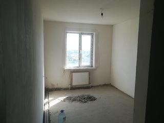 Продается 3-х комнатная квартира, в центре города. Срочно