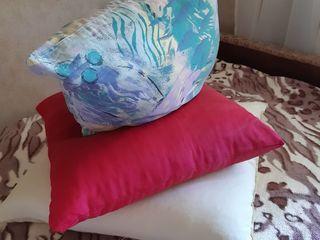 Подушки .