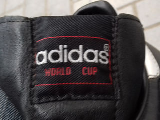 Кроссовки  кожаные Adidas