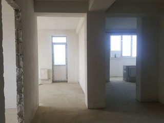 De vinzare apartament cu 3 odai, casa nou construita, Castrol, Cahul