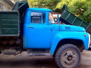 Servicii de evacuare a gunoaielor. Materiale, mobila, deseuri.