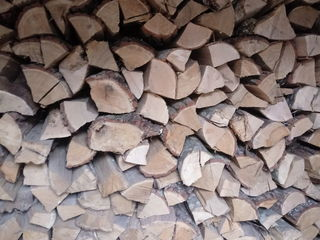 Vindem lemne de foc