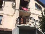 Banca vinde casa de locuit cu 3 etaje si terenul aferent