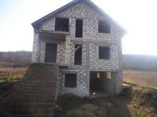 Casa in constructie nefinisata