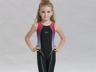 Спортивный купальник для девочек 8-10лет