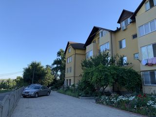 Se vinde apartament 117m2 + Garaj, Floreni, 10 min de la sectorul Botanica