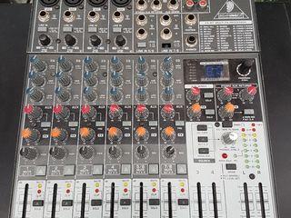 Mixer Behringer 1204 FX, la Pret de 2400 lei.