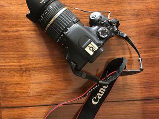 Canon 550d îl vând la piese