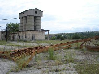 6 ha baza de producere la 80 km de la Chisinau