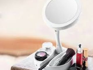 Oglinda perfecta pentru machiaj