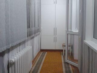 se vinde apartament la molodova