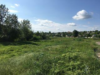 Izolat de zgomotul urban, teren pentru construcții, Budești 30 ari cu numai 29000€