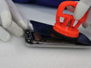 Замена сенсоров, стекол отдельно от дисплеев на iPhone 4,5,6, Samsung, HTC, Nokia и многие др.
