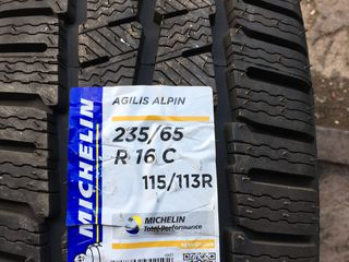 235 65 16C Michelin Agilis Alpin