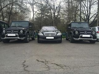 Mercedes w221 S-class =110€/zi, Mercedes E-class = 85€/zi