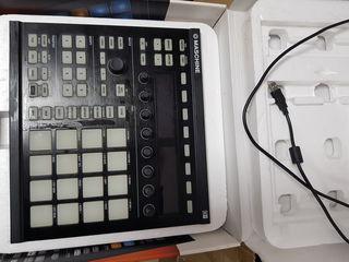 Native Instruments Maschine Mk2, Black DJ-контроллер