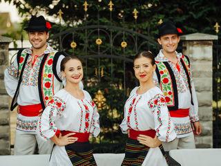 Dansatori pentru orice eveniment - Ansamblul Basarabenii