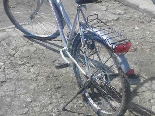 se vinde  bicikleta