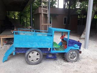 Masinica din lemn