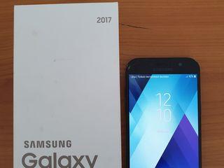 Продам Samsung Galaxy A5 2017г.