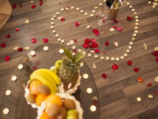 B. Единство в любви в романтический вечер