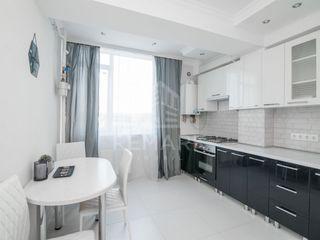 Chirie apartament cu o odaie, Centru str. V. Alecsandri 300 €