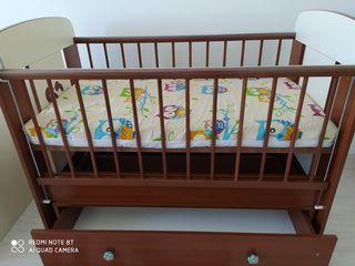 Продам детскую кроватку. Район ботаника.