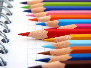 Раскраски для детей, альбомы для рисования, наборы карандашей, красок, кистей