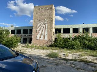 Fabrică cu suprafața de 23 000 m.p. situată în Fălești