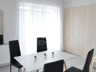 Chirie  Apartament cu 3 odăi, Telecentru,  str. Gheorghe Asachi, 300 €